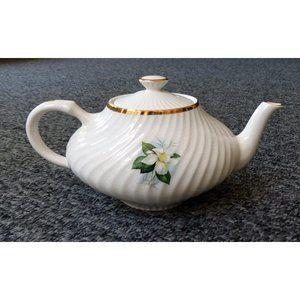 "Vintage Arthur Wood England Teapot ""Georgian"""
